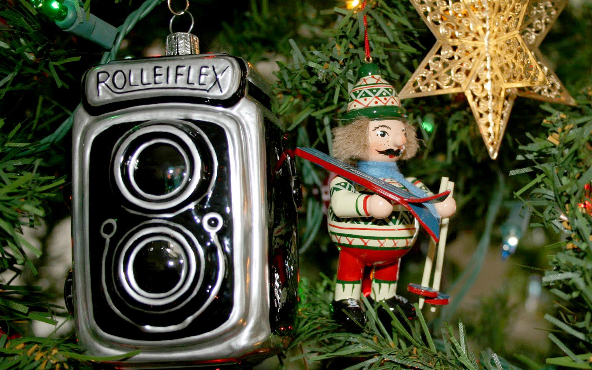 Christmas_camera_2
