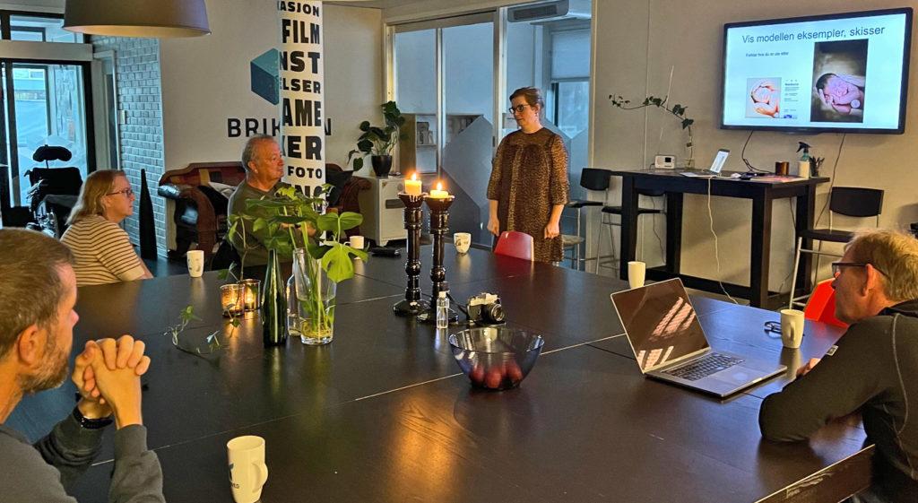 Foredrag i portrett av fotograf Merete Haseth for Innherred Fotoklubb